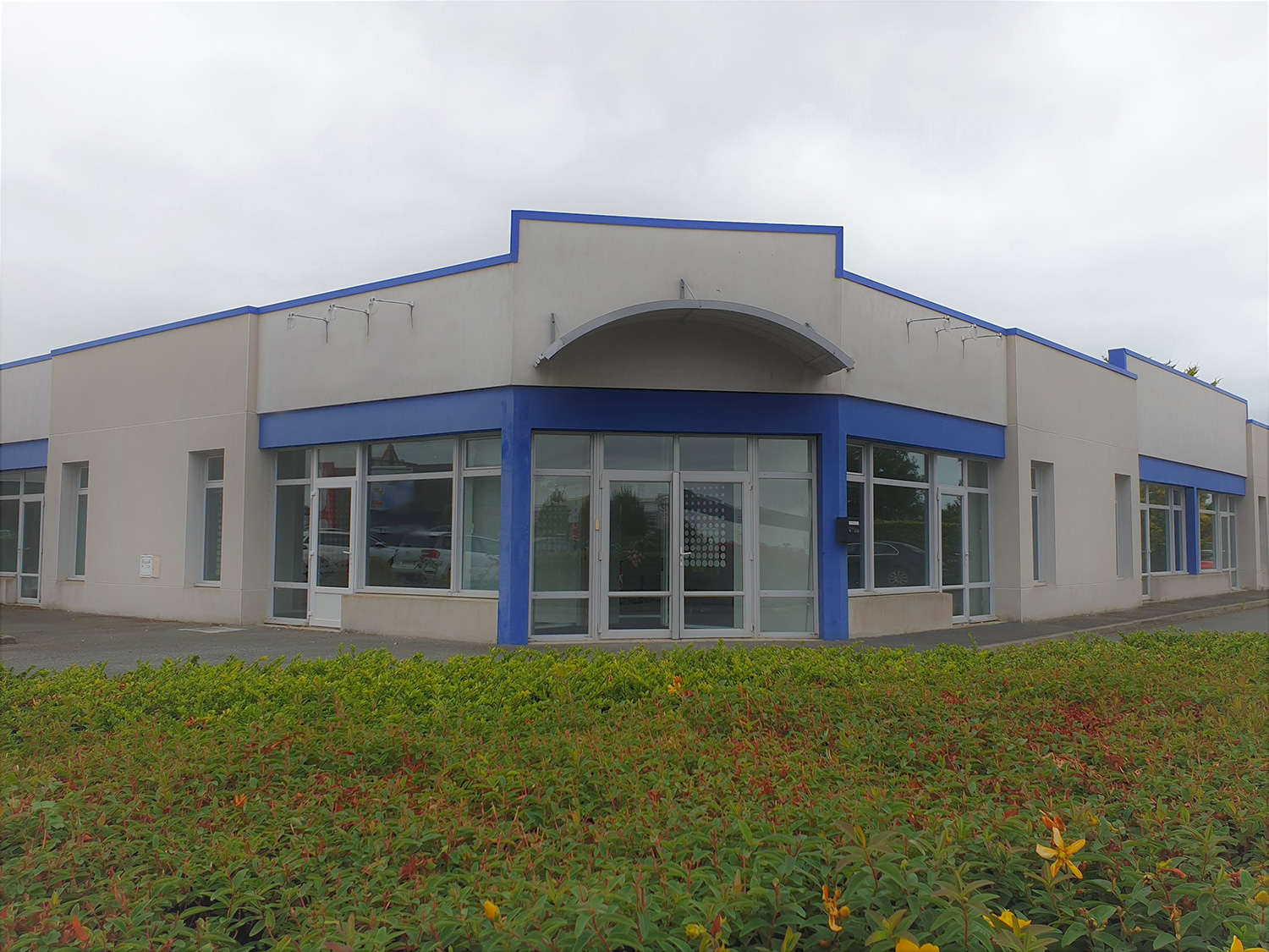 Local Commercial 530 m² – Angoulins